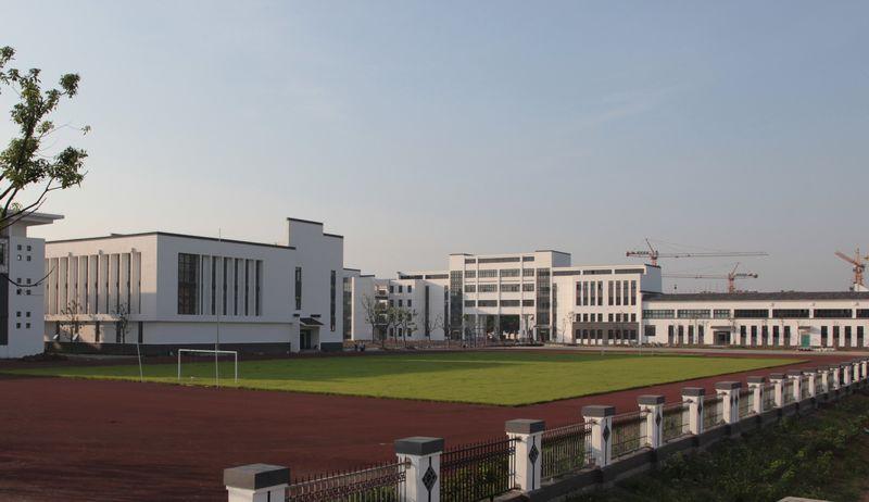 东渡实验学校
